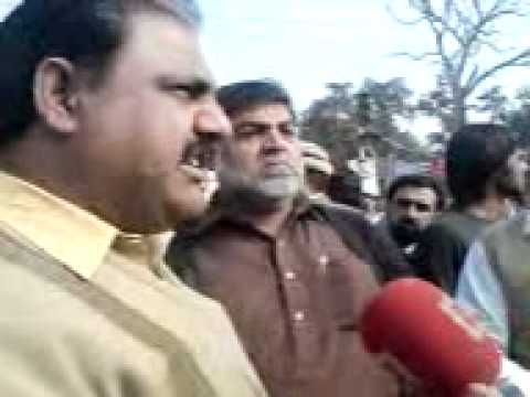 Sandal College, DPS & DMC Protest against 35% increase in fees 28-01-2011 (Mr. Safdar)