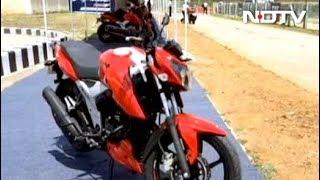 रफ्तार : क्या है टीवीएस की नई बाइक RTR-160 की खासियत - NDTVINDIA