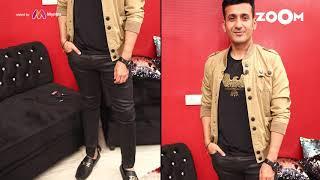 Harmeet's look with Black skinny jeans | Harmeet's OOTD - ZOOMDEKHO