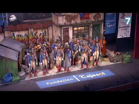 Sesión de Semifinales, la agrupación Los millonarios actúa hoy en la modalidad de Comparsas.