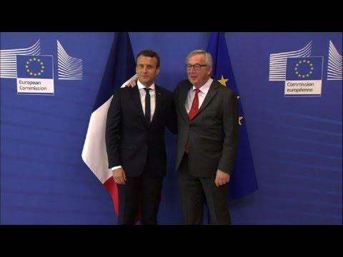 Jean-Claude Juncker accueille Emmanuel Macron à Bruxelles