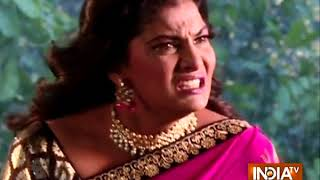 Qayamat Ki Raat: Raj ties Uma with a rope - INDIATV