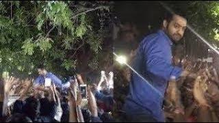 Jr NTR Crazy Birthday Celebrations With Fans @ His House | Tollywood News - RAJSHRITELUGU