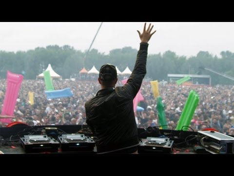 Defqon.1 2011 - Maintrack Zatox (DVD Blu-Ray preview 3of7)