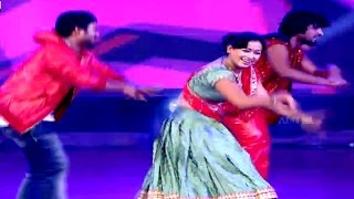 Pawan Kalyan Songs Dance Performance At Pilla Nuvvuleni Jeevitham Audio Launch - ADITYAMUSIC