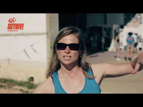 Skydiving Tips: How to side slide with Julia Swallow at Skydive Algarve Seven Dorniers!