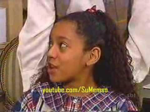 Chiquititas Brasil 1997 - Dani cai da escada / sacada do orfanato
