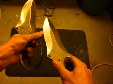 Megalodon Fighting knife-Serrations or not?