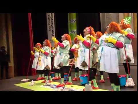 Sesión de Semifinales, la agrupación Viva la Pepi actúa hoy en la modalidad de Chirigotas.