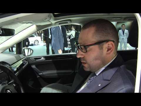 Autoperiskop.cz  – Výjimečný pohled na auta - Volkswagen Touran, Passat Alltrack a Concept – SPECIÁLNÍ VIDEOREPORTÁŽ/ AUTOSALON ŽENEVA 2015