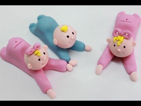 Cómo hacer bebes modelados en fondant o masa elástica. How to make a fondant baby