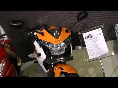 CBR150R Flaming Organge - Auto Expo 2012
