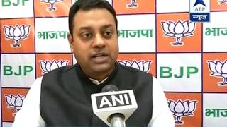 Gandhis are a load on Congress: Sambit Patra - ABPNEWSTV