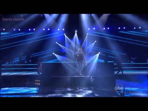 Usher Performance Numb, Climax & Can't Stop Won't Stop In AMA 2012