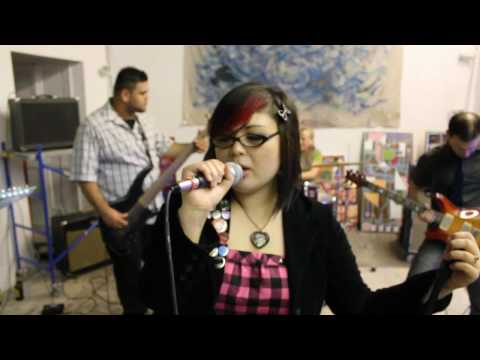 Keiko Takamura and the Shebangs - Grayscale [MUSIC VIDEO]