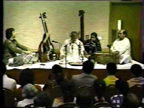 Pandit Jasraj and Ustad Zakir Hussain - 1987 - Haveli Sangeet, Malkauns, and Bhairavi