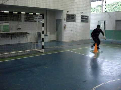 3) TREINAMENTO GOLEIROS FUTSAL GOALKEEPER TRAINING (PROF. TIAGO PONTES)