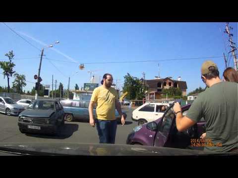 москва авария 6.06.14 мерседес фура