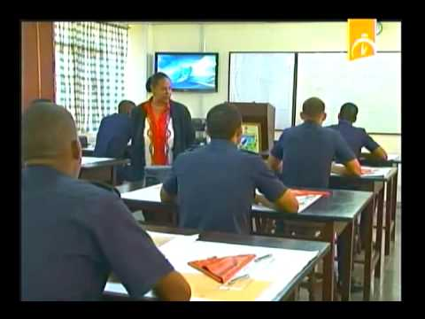Cuba: Dos educadores de Hombres de mar