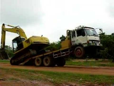 Amazing unloading excavator
