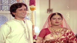 Shashi Kapoor cheats on Moushumi Chatterjee - EROSENTERTAINMENT
