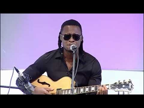 Flavour performs live in VoxAfrica TV London- Are you ready for Cokobar Music Festival  2013