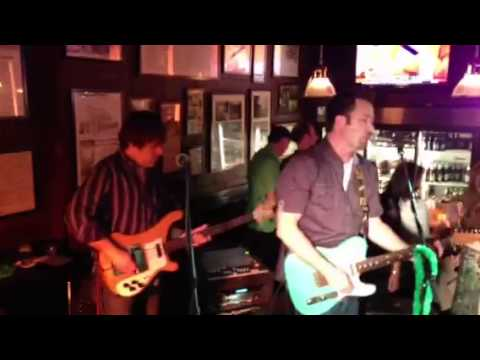 """Pumped up Kicks"" Live at 42nd St Oyster Bar!"