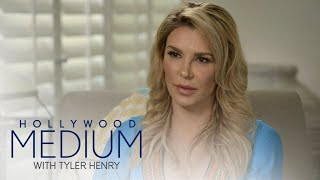 Brandi Glanville Knows Who Tyler Henry Is Picking Up | Hollywood Medium with Tyler Henry | E! - EENTERTAINMENT