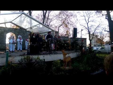 Inauguration du marché de Noël d'Aulnay-sous-Bois par le maire Bruno Beschizza
