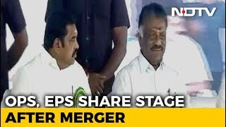 Palaniswami, Panneerselvam Share Stage In AIADMK Show Of Strength - NDTV