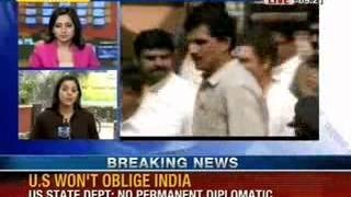 NewsX: Rahul Gandhi wants to counter Modi wave by interacting with industry - NEWSXLIVE