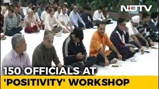 Amid CBI War, Sri Sri's Art Of Living Workshop For 150 Officers - NDTV