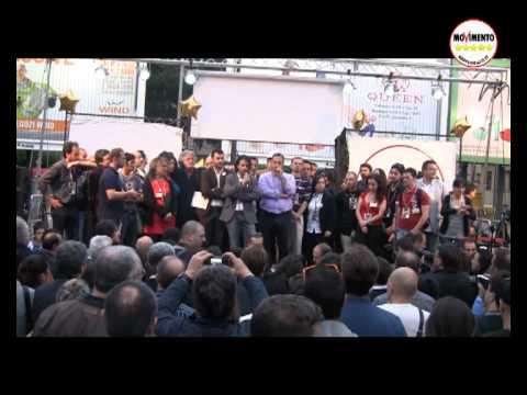Beppe Grillo a Palermo 29 Aprile 2012 - Intervento integrale