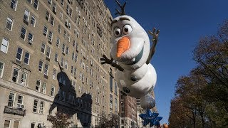 Watch: New York Macy's Thanksgiving parade - TIMESOFINDIACHANNEL