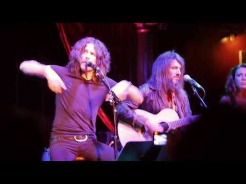 Tony Harnell & The Wildflowers with Bumblefoot - classic rock medley, live in NY 2013