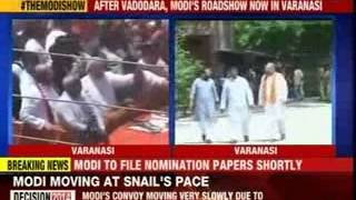 Crowd chants Modi as he reaches Varanasi to fill nomination - NEWSXLIVE