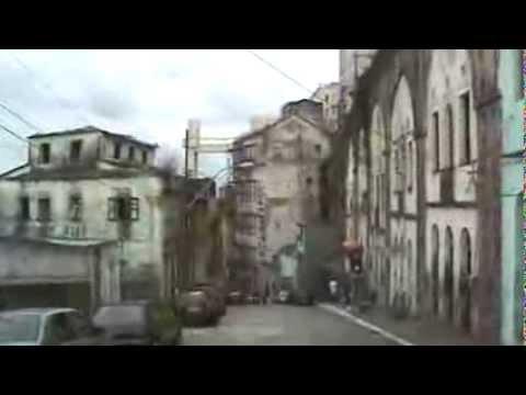 Descendo de carro da cidade alta para a cidade baixa  Salvador  BA  Jan  2014