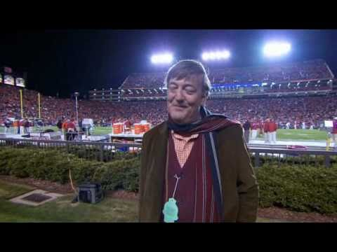 Stephen Fry has culture shock in Alabama