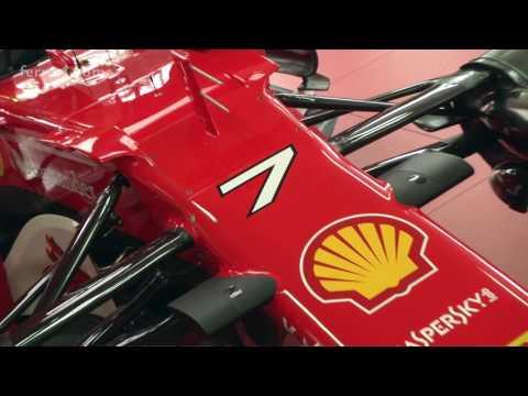 Видео: Кими Райкконен за рулем SF70H во Фьорано