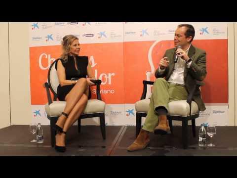 JAVIER SIERRA entrevistado por MARI CRUZ SORIANO en ZARAGOZA