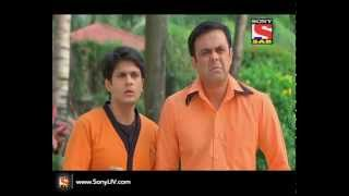 Badi Door Se Aaye Hai - Episode 104 - 31st October 2014 - SABTV