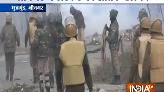 श्रीनगर: 18 घंटे के एनकाउंटर में 3 आतंकी ढेर - INDIATV