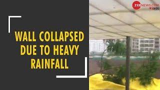 Gujarat's building's wall collapsed due to heavy rainfall - ZEENEWS