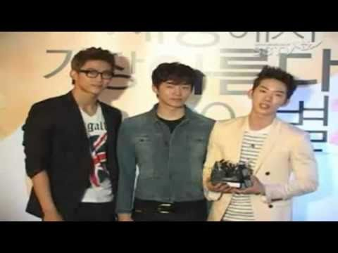 110413 2PM Taecyeon &amp; Junho 2AM Jokwon Movie Premiere