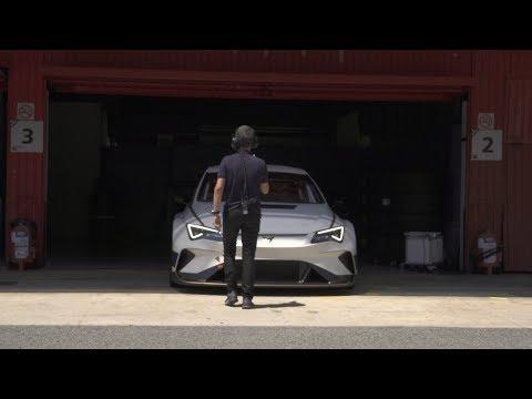 Autoperiskop.cz  – Výjimečný pohled na auta - Závodní cestovní elektromobil: Ekström spoutává kilowatthodiny energie