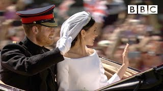 Dress, vows, kiss! Prince Harry and Meghan Markle married at Windsor - The Royal Wedding - BBC - BBC