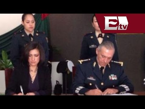 Sedena e Inmujeres por el desarrollo de mujeres militares / Titulares de la tarde con Atalo Mata
