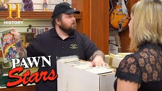 Pawn Stars: Chum Bets on Boxes of Comic Books (Season 15) | History - HISTORYCHANNEL