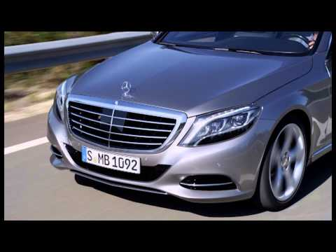2014 MercedesBenz S400 Hybrid Driving