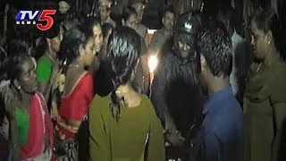 Rasta Roko in Bapatla Against Liquor Shops | TV5 News - TV5NEWSCHANNEL